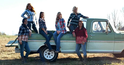Redneck Housewives of Alabama Calendar Shoot